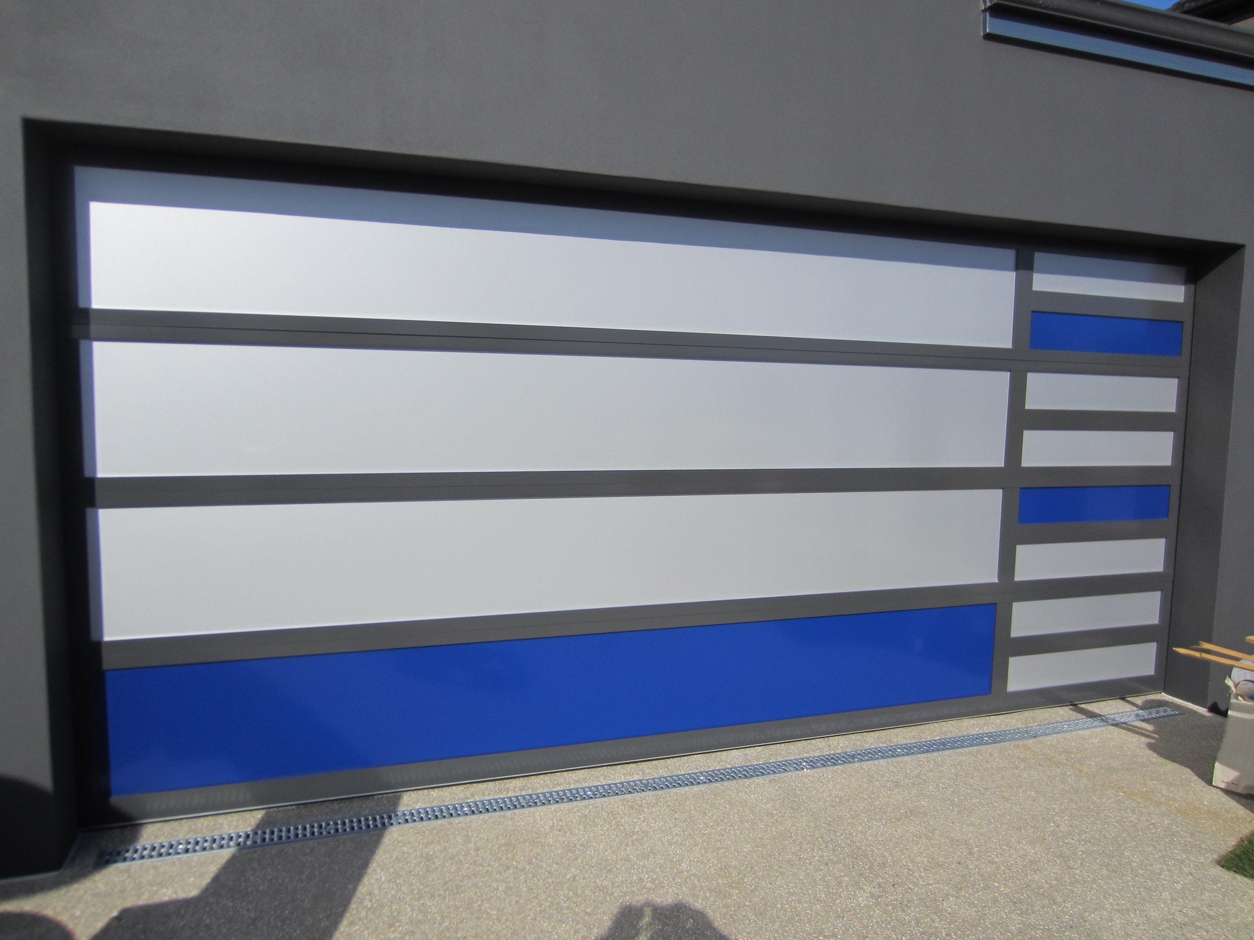 Ali Panel Two Tone West Coast Garage Doors