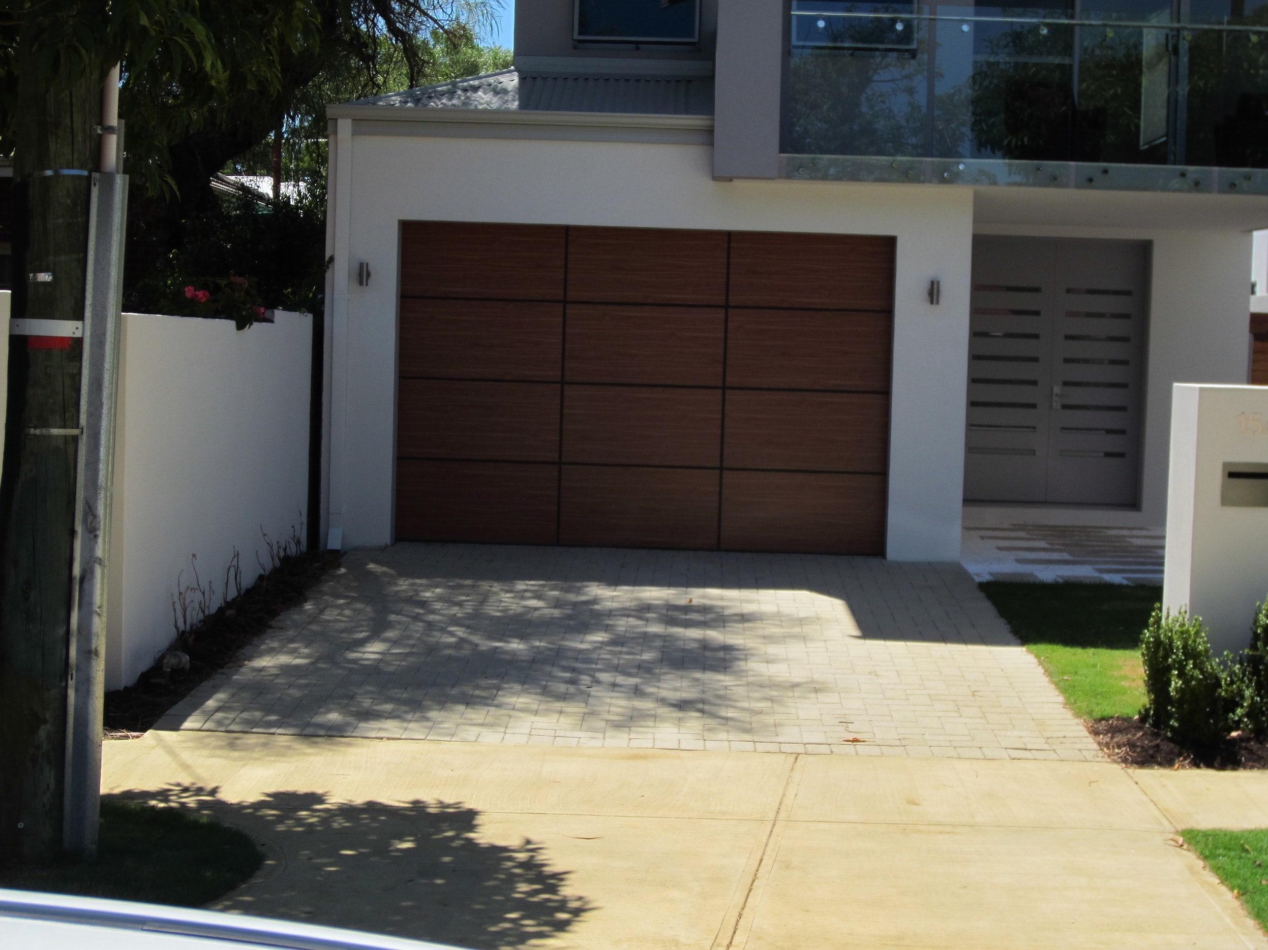 Alipanel timberlook west coast garage doors for Garage door repairs palm coast fl